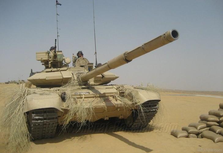 """Tiet lo """"gay soc nang"""" ve xe tang T-90 cua An Do-Hinh-8"""