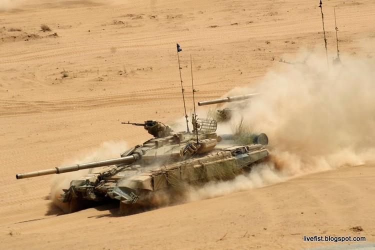 """Tiet lo """"gay soc nang"""" ve xe tang T-90 cua An Do-Hinh-9"""