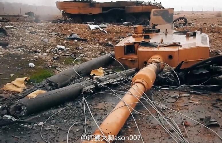 Phan tham xe tang tot nhat the gioi cua Nga o Syria-Hinh-12