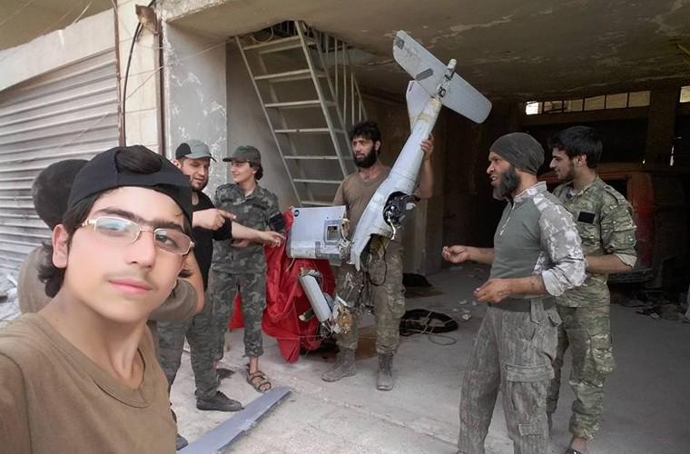 Mo xe UAV Nga vua bi phien quan ban ha o Syria-Hinh-3