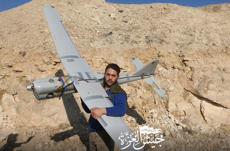 Mo xe UAV Nga vua bi phien quan ban ha o Syria