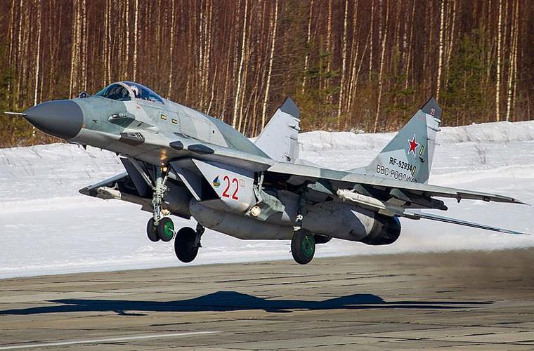 Chong mat goc anh tu buong lai tiem kich MiG-29-Hinh-10