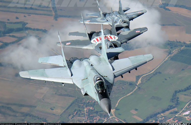 Chong mat goc anh tu buong lai tiem kich MiG-29-Hinh-7