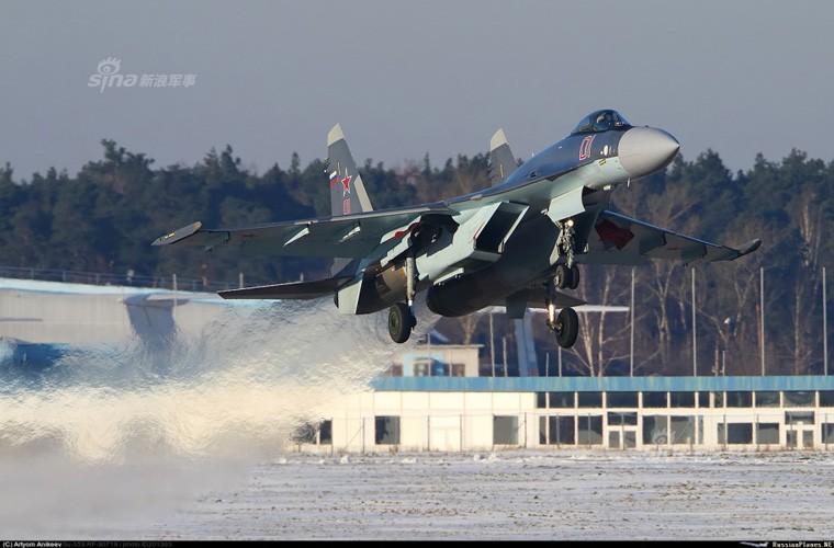 Bi an hinh anh tiem kich Su-35 cua KQ Trung Quoc-Hinh-9