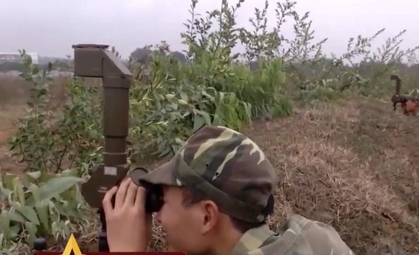 Ngac nhien he thong mo phong ban ten lua B-72 Viet Nam-Hinh-11