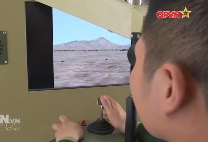 Ngac nhien he thong mo phong ban ten lua B-72 Viet Nam-Hinh-5