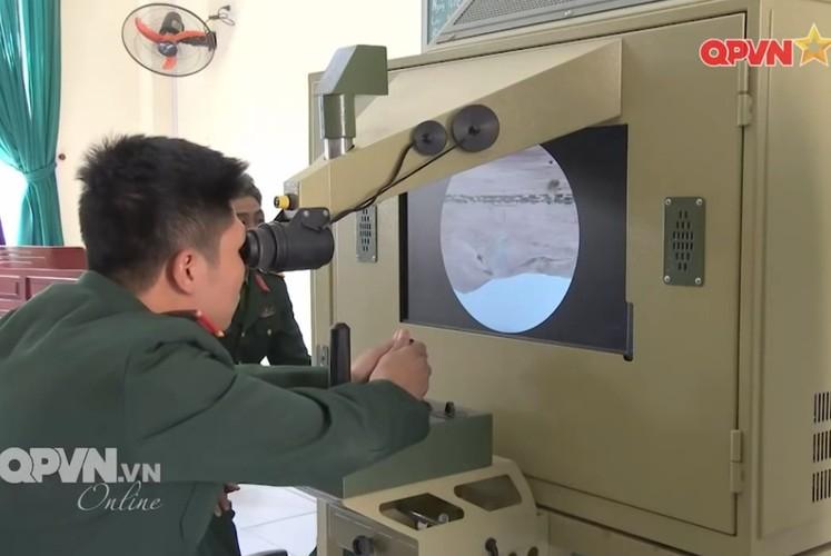 Ngac nhien he thong mo phong ban ten lua B-72 Viet Nam-Hinh-6
