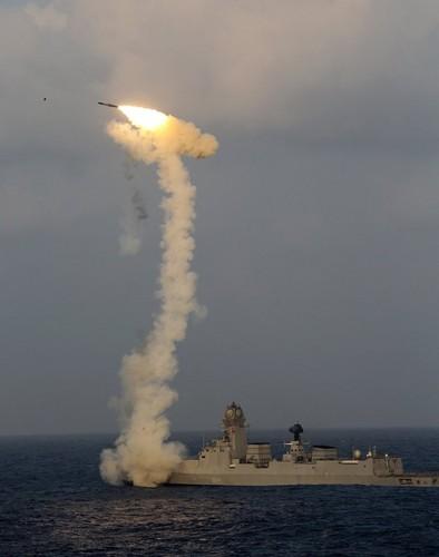 Lieu co phai Viet Nam muon ca Su-30MKI va ten lua BrahMos?-Hinh-3