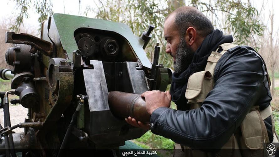 Kinh di dai phao phong khong 122mm cua phien quan IS-Hinh-5
