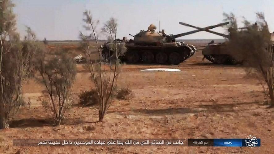 """Chet soc"" so vu khi phien quan IS tom duoc o Palmyra-Hinh-10"