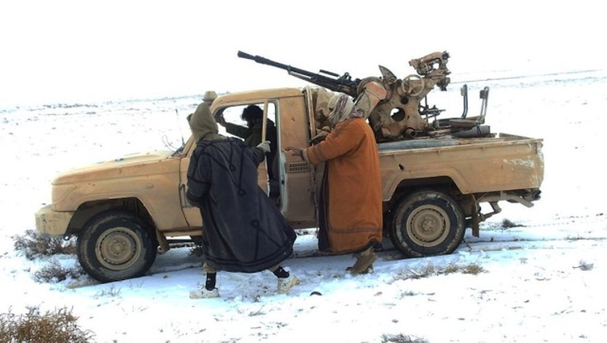 """Chet soc"" so vu khi phien quan IS tom duoc o Palmyra-Hinh-8"
