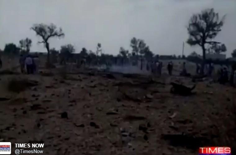 Kinh hoang hien truong tiem kich Su-30MKI dam nha dan-Hinh-5