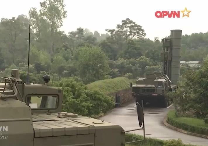 "Xuat hien ""than ho menh"" bao ve ten lua S-300 cua Viet Nam"