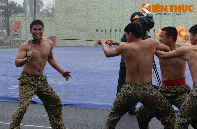 Hoanh trang sinh nhat lan thu 50 cua Dac cong Viet Nam-Hinh-12