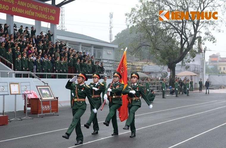 Hoanh trang sinh nhat lan thu 50 cua Dac cong Viet Nam-Hinh-2