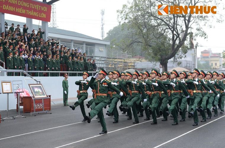 Hoanh trang sinh nhat lan thu 50 cua Dac cong Viet Nam-Hinh-3