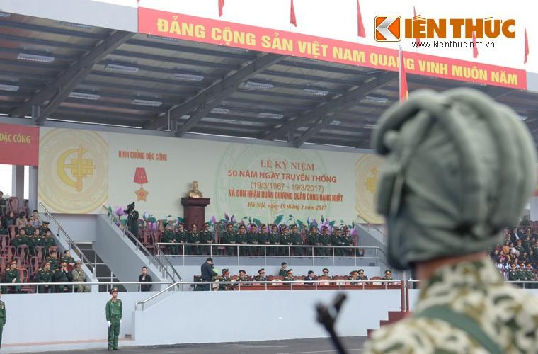 Hoanh trang sinh nhat lan thu 50 cua Dac cong Viet Nam