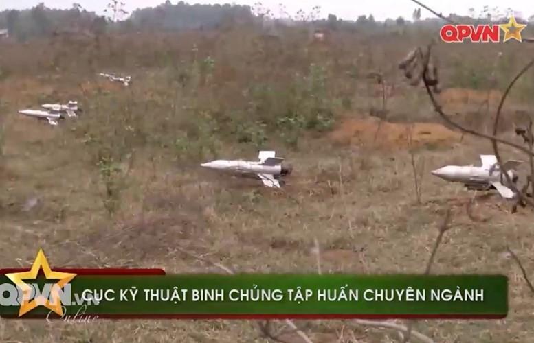 Tuyet hao: Ten lua Viet Nam xuyen giap 800mm sau ERA-Hinh-2