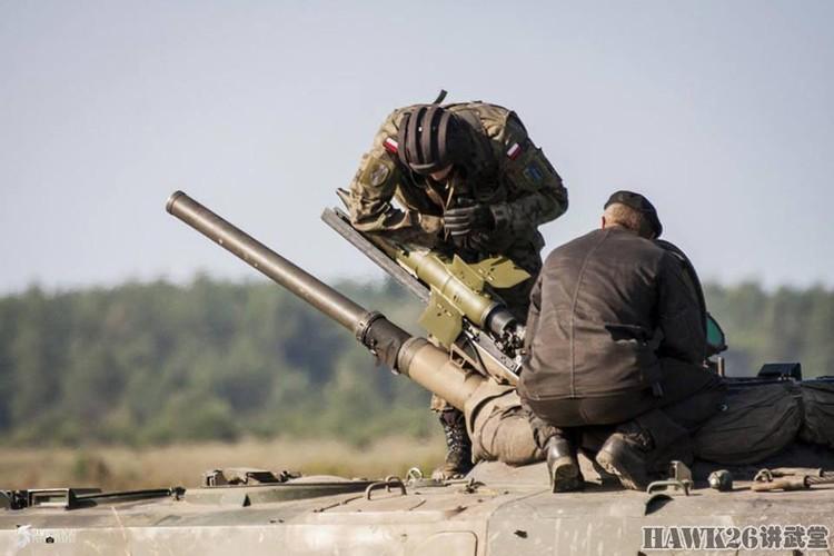 Tuyet hao: Ten lua Viet Nam xuyen giap 800mm sau ERA-Hinh-9