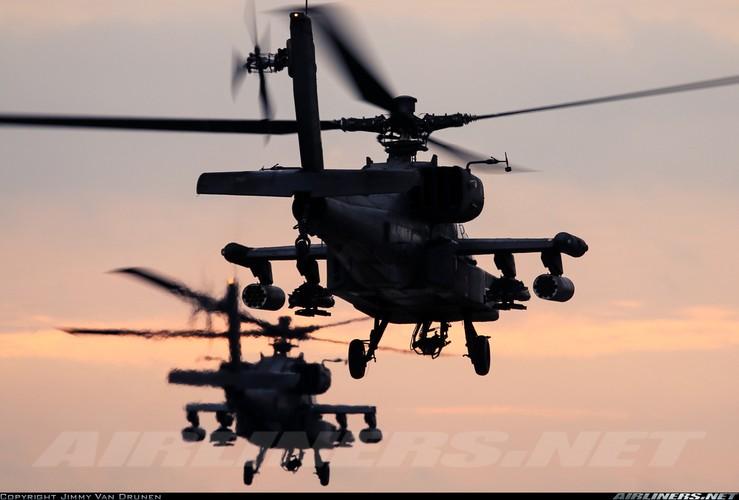 "Truc thang Apache xuat hien o Syria, phien quan IS ""khoc thet""-Hinh-10"