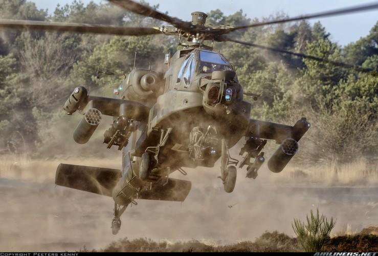 "Truc thang Apache xuat hien o Syria, phien quan IS ""khoc thet""-Hinh-4"