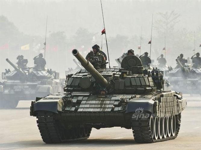 """Giat minh dan vu khi """"khung"""" Quan doi Myanmar duyet binh-Hinh-11"""