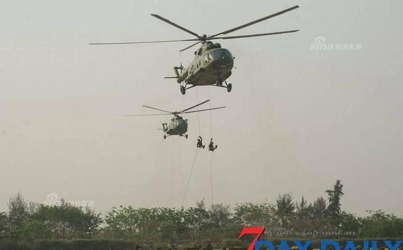 """Giat minh dan vu khi """"khung"""" Quan doi Myanmar duyet binh-Hinh-8"""