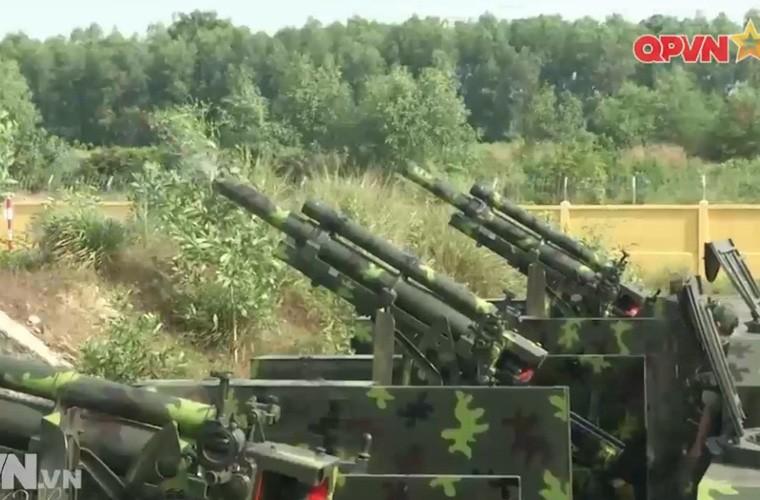Viet Nam ban thu nghiem phao tu hanh 105mm kieu moi-Hinh-12