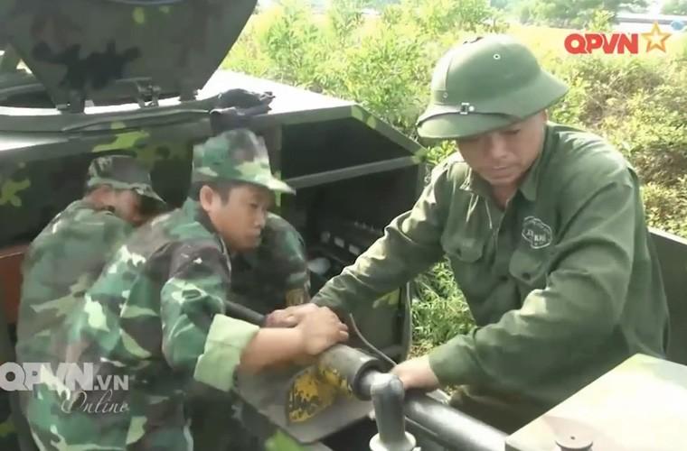 Viet Nam ban thu nghiem phao tu hanh 105mm kieu moi-Hinh-13