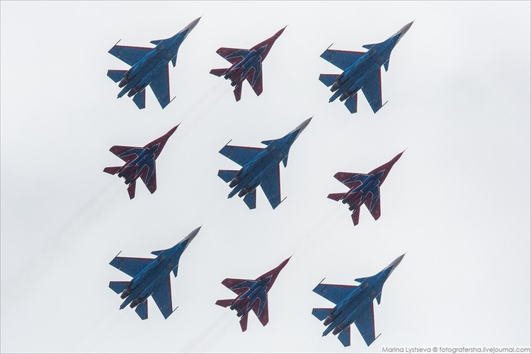 Soi cac may bay Nga chuan bi duyet binh ngay 9/5-Hinh-3