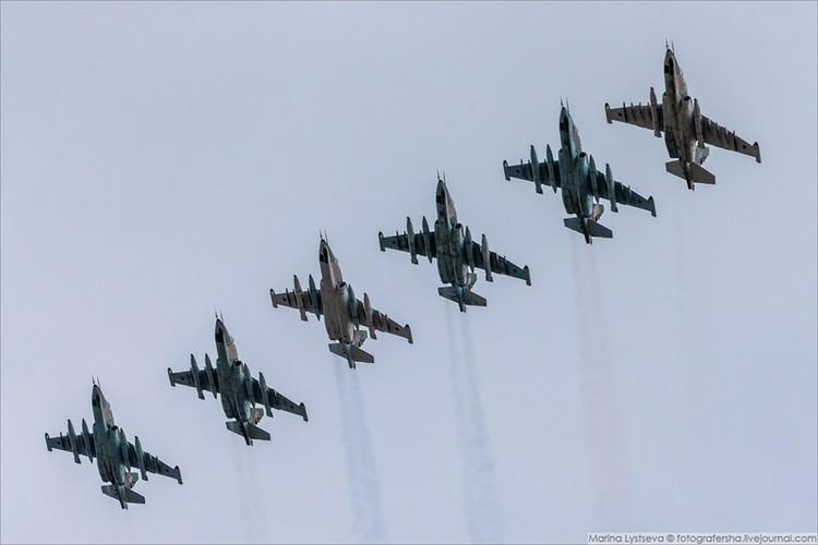 Soi cac may bay Nga chuan bi duyet binh ngay 9/5-Hinh-4