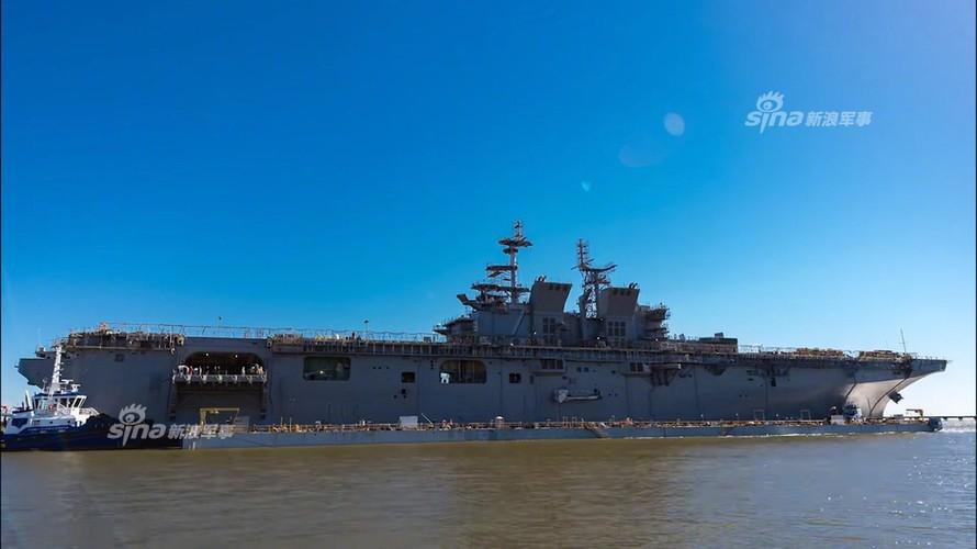 To khung khiep tau do bo USS Tripoli cua Hai quan My-Hinh-8