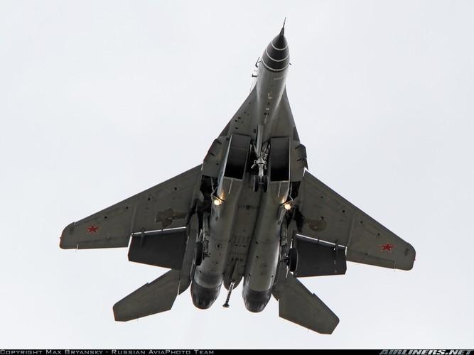 Hien truong MiG-29K gap nan lat ngua, chong vo-Hinh-7