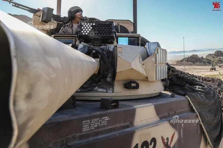 Kho do dan xe tang T-80, BMP-2 do My…san xuat-Hinh-4