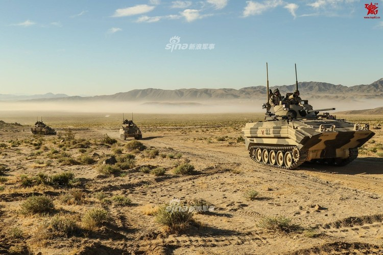 Kho do dan xe tang T-80, BMP-2 do My…san xuat-Hinh-8