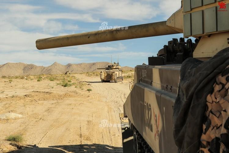 Kho do dan xe tang T-80, BMP-2 do My…san xuat-Hinh-9