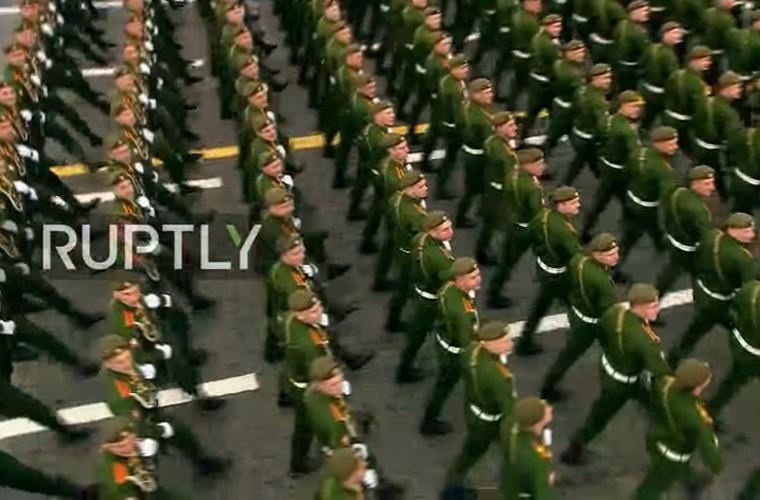 "Doc ten dan vu khi ""khung"" duyet binh ngay 9/5 Nga-Hinh-5"