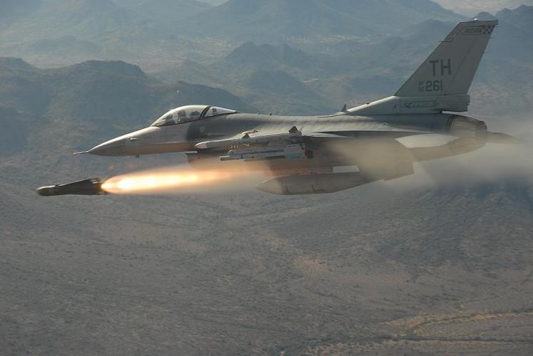 Viet Nam nen mua MiG-35 thay vi F-16, tai sao?