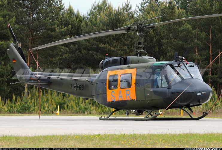Ham re, mua truc thang UH-1 cu, Philippines tra gia dat-Hinh-4