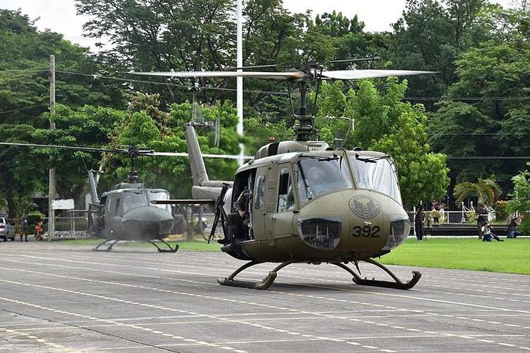 Ham re, mua truc thang UH-1 cu, Philippines tra gia dat-Hinh-5