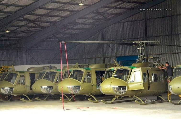 Ham re, mua truc thang UH-1 cu, Philippines tra gia dat