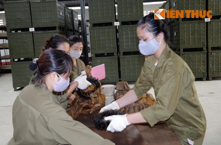 Mot ngay lam viec kho du tru tang thiet giap Viet Nam-Hinh-10