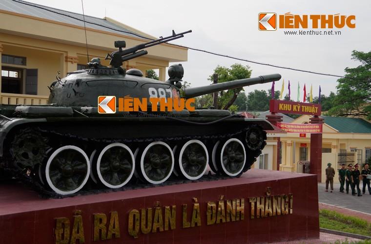 Mot ngay lam viec kho du tru tang thiet giap Viet Nam-Hinh-3