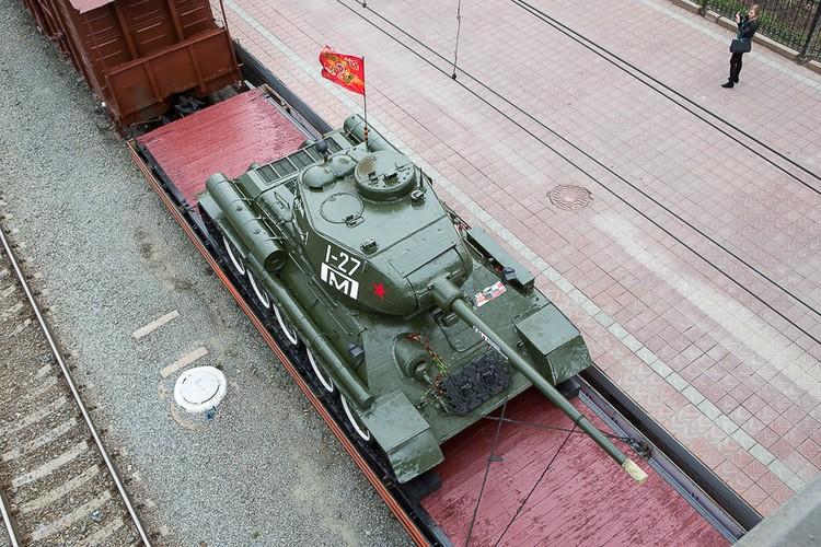 Giai bi an doan tau cho vu khi di xuyen nuoc Nga-Hinh-4