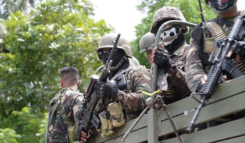 Quan doi Philippines co danh bai duoc khung bo, tai chiem Marawi?-Hinh-4