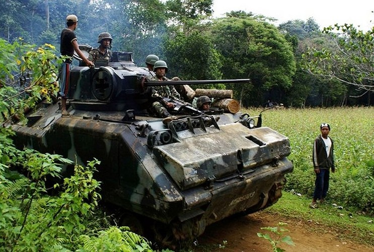 Quan doi Philippines co danh bai duoc khung bo, tai chiem Marawi?-Hinh-9