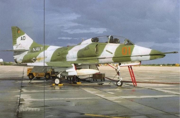 My dinh lam gi khi son F/A-18 giong het Su-34 Nga?-Hinh-6