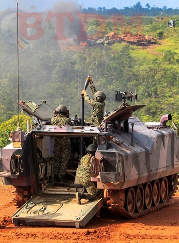 Muc kich xe tang – phao Malaysia na dan hoanh trang-Hinh-5