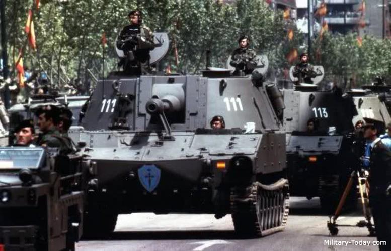 Phao M108 thoi chien tranh Viet Nam nghi huu tren toan cau-Hinh-2