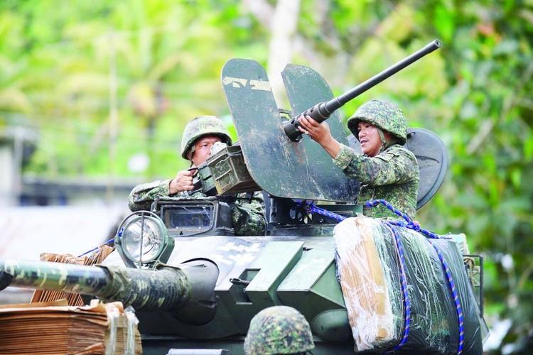 Kho do: Philippines boc bia giay cho xe thiet giap chong IS-Hinh-2